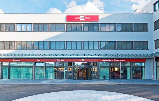 Cham, Švajcarska: Exterior