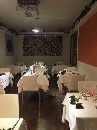 Montisi, Italie : L eleganza