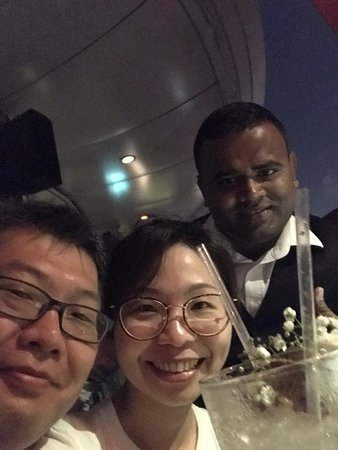 Best mojito experience in Singapore with friends