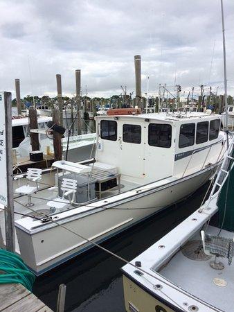 Narragansett, RI: Custom 40' Young Brothers downeast sportfisherman