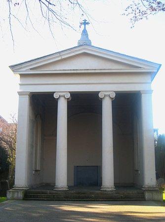 Goldenbridge Graveyard