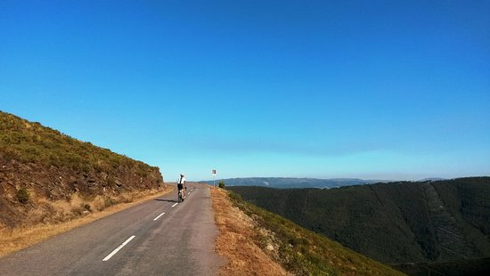 Cycling in the Alvao Natural Park