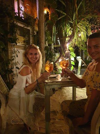 Mivida Tapas Bar&Restaurant : Cheers!