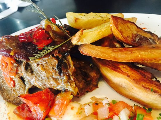 General Pacheco, Argentina: Carne al Horno