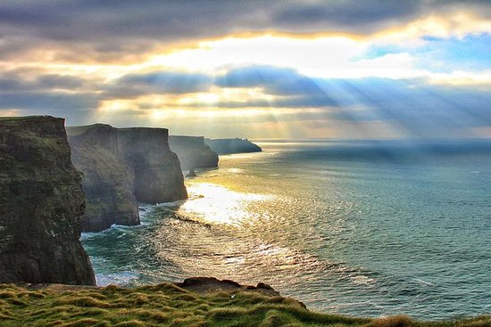 Cliffs of Moher Tour Including Wild...