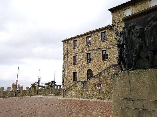 Girolamo Gozi Monument