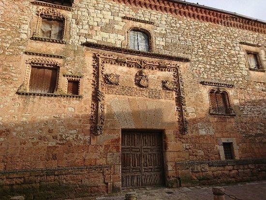 Palacio de los Contreras