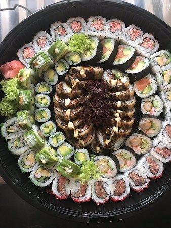 Sushi delivery = delicious 🥢