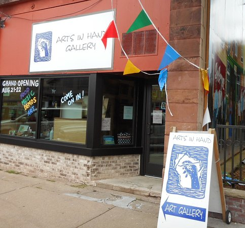 Spooner, WI: Arts in Hand Gallery on opening day