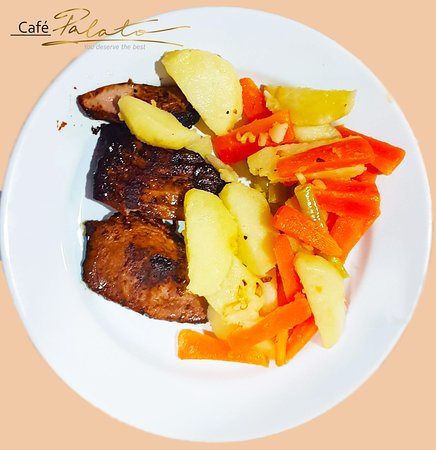 Mathiveri Island: Grilled Fish Steak Boiled Vegetables