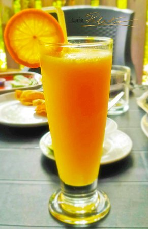 Mathiveri Island: Fresh Orange Juice