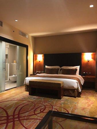 Perfektes Hotel für Zwischenstopp in Dubai