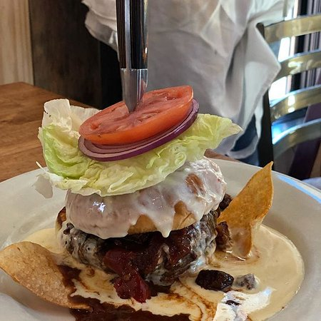 Blue Mountain Beach, Флорида: Queso Burger!! Let's taco bout it