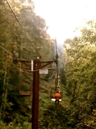 Stanton, KY: Sky/Chair lift thing at the Red River Gorge. It's a little scary, not gonna lie, but oh so worth it.