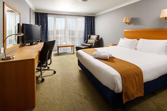 Holiday Inn Brentwood Hotel