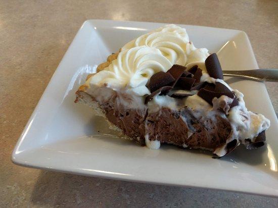 Perkins Restaurant Bakery Erie 2714 W 8th St Restaurant Reviews Photos Phone Number Tripadvisor