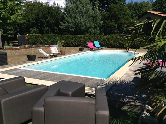 Pool - Picture of Villa Andernos, Andernos-les-Bains - Tripadvisor