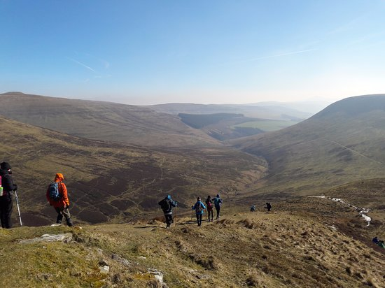 Abergavenny, UK: guided hikes in Brecon Beacons & Wales