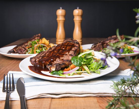 Good pub meals - Review of Highway Hotel, Bunbury - TripAdvisor