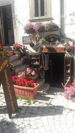 Pescocostanzo, İtalya: La Bottega dei Ricordi