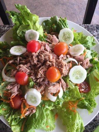Muang Sing, Laos: Tuna salad