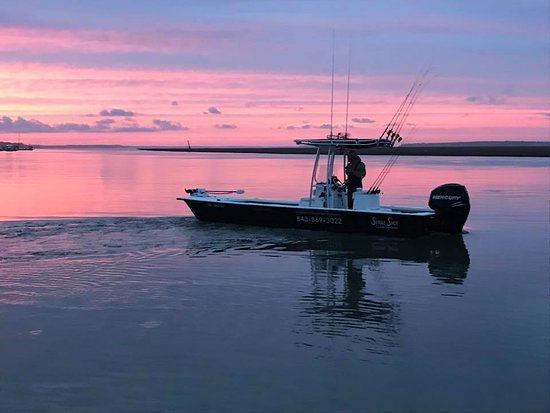 Inshore boat for Single Shot Guide Services on beautiful Edisto Beach!