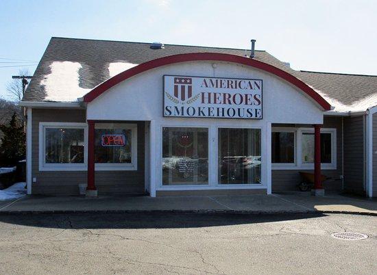 American Heroes Smokehouse - Randolph