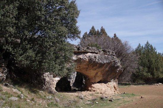 Tamajon, Spain: Curiosas formaciones rocosas