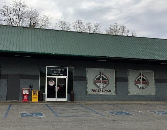Chickamauga, GA: Front of the restaurant