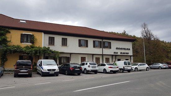 Senozece, Eslovénia: ottima scelta trovata su google questo locale..