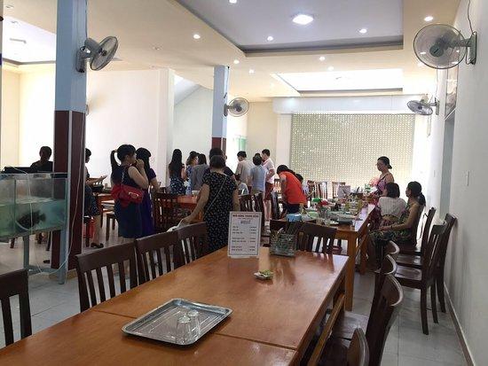 Con Dao Islands, Vietnam: Khách ăn