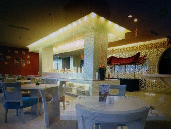 atlantis restaurant padang restaurant reviews photos phone rh tripadvisor com