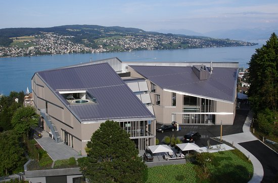 Rüschlikon, Schweiz: Exterior