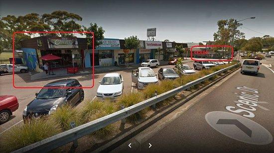 Budgewoi, Australia: Parking and location