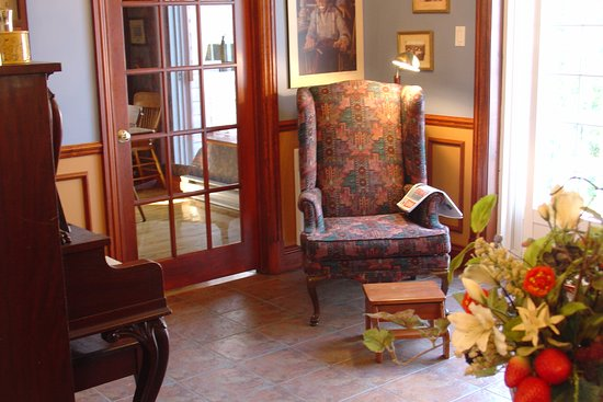 Saint-Ubalde, Canada: Also in the large dining room open with the kitchen