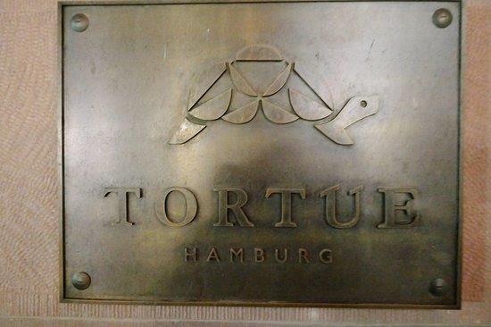 Hotel hamburg neues Neueröffnung in