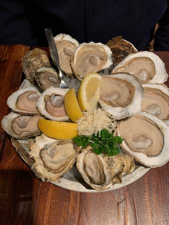 Great Oysters and Service!