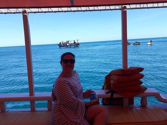 Saveiro Primos Tour: Melhor passeio de barco de Arraial