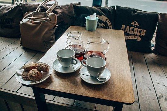 私人聖彼得堡美食與文化之旅 - 友好的本地嚮導