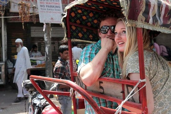 CULTURAL TOUR OF SOUTH INDIA - GROUP...