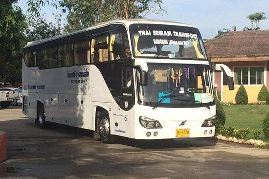 Bus VIP e traghetto: da Bangkok a Koh