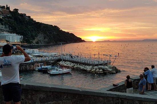 Esperienza al tramonto sulla costa
