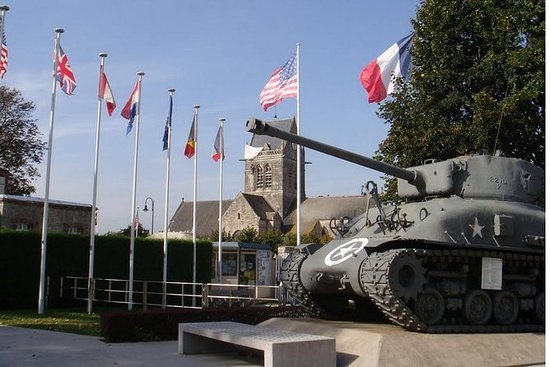 D-Day private tour Omaha + Utah Beach...
