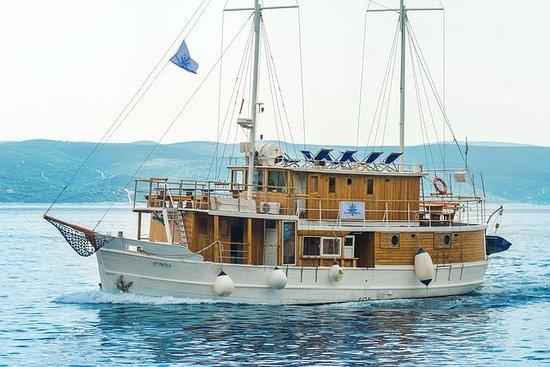 Croatia Cruise - Middle Dalmatia...
