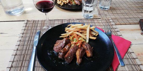 Fouar Restaurant & Bar: duck