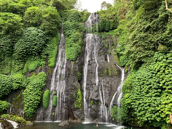 Banyumala Twin Waterfalls