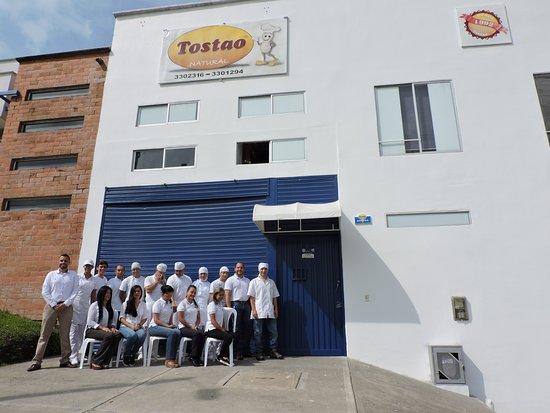 Dosquebradas, Κολομβία: Fábrica de alimentos Tostao, una empresa con más de 25 años de trayectoria en el renglón de alimentos, somos una empresa líder en la región en la elaboración de productos naturales.