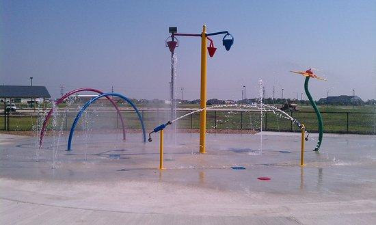 Oswego, IL: Prairie Point Splash Pad