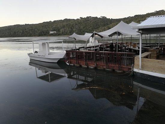 The Sandbar Floating Restaurant  Kenton