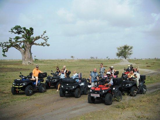Nianing, Senegal: Découverte de la brousse et des baobabs